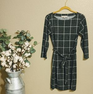 LOFT Gray & White Plaid Tying Shift Dress Sz S